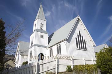 AKAROA BANKS PENINSULA SOUTH ISLAND NEW ZEALAND May The impressive