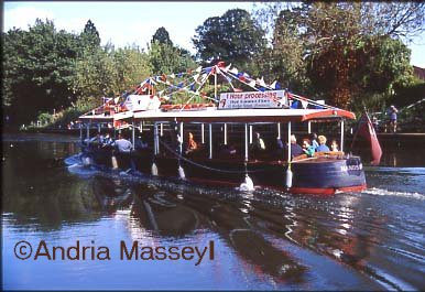 River trips on the Handsom Too - River Avon at Evesham  Worcestershire  Format: 35mm